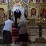 Богослужение в Покрово-Никольском храме